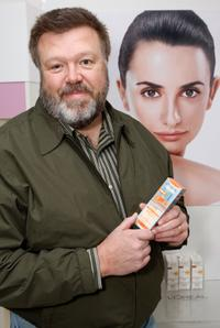 Joel McKinnon Miller at the Luxury Lounge in honor of the 2008 SAG Awards.