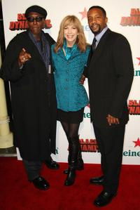 Arsenio Hall, Leeza Gibbins and Byron Minns at the premiere of