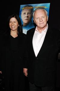Stella Arroyave and her husband Anthony Hopkins at the screening of