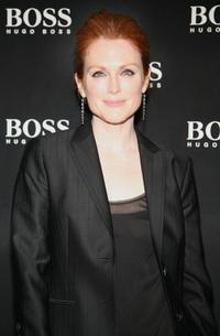 Julianne Moore at the Boss Black Spring/Summer 2008 collection show.