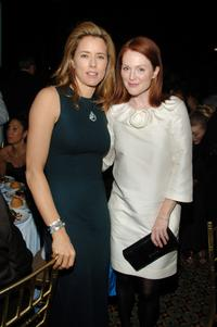 Julianne Moore and Tea Leoni at the UNICEF 2007 Snowflake Ball.