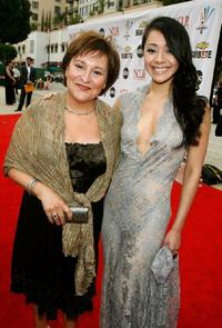 Belita Moreno and Aimee Garcia at the 2007 NCLR ALMA Awards.