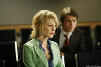 Kathryn Morris and Josh Hartnett in