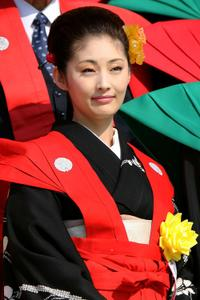 Takako Tokiwa at the Bean-scattering ceremony.