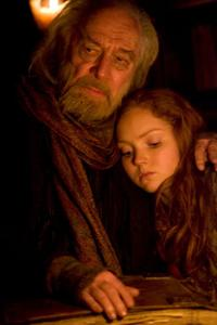 Christopher Plummer as Dr. Parnassus and Lily Cole as Valentina in