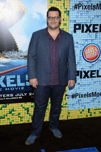 Josh Gad at the New York premiere of