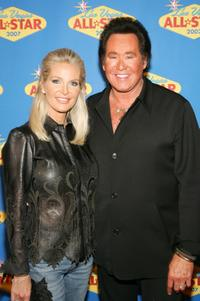 Wayne Newton and his wife Kathleen McCrone at the 2007 NBA All-Star Game.