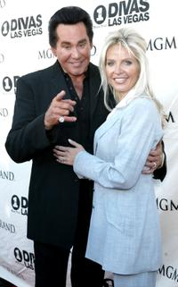 Wayne Newton and his wife at the 5th Annual VH1 Divas Las Vegas concert.