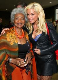 Nichelle Nichols and Chase Masterson at the 2008 Backlot Film Festival Tribute to Carl Reiner.