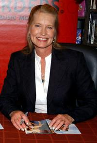 Lisa Niemi at the signing copies of