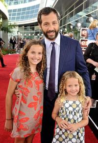 Maude Apatow, Judd Apatow and Iris Apatow at the premiere of