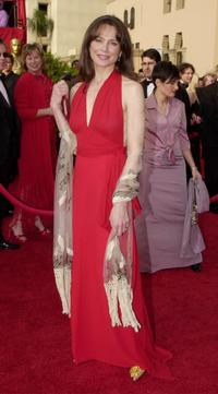 Lena Olin at the 73rd Annual Academy Awards.