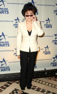 Yoko Ono at the 2008 National Arts Awards.