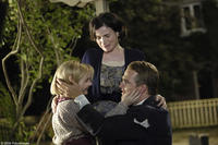 Abigail Breslin, Julia Ormond and Chris O'Donnell in