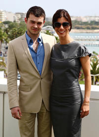 Alden Ehrenreich and Maribel Verdu at the cast photocall of