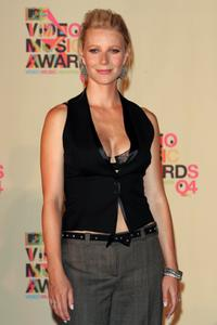 Gwyneth Paltrow at the 2004 MTV Video Music Awards.