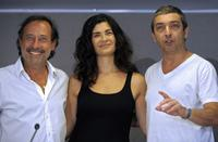 Guillermo Francella, Alejandra Villamil and Ricardo Darin at the news conference in Buenos Aires.