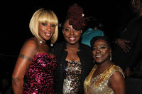 Mary J Blige, Ledisi and Sharon Jones at the backstage of VH1 Divas Celebrates Soul in New York.
