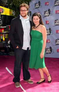 Seth Rogen and Lauren Miller at the 2007 MTV Movie Awards.