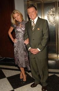 Kelly Ripa and Regis Philbin at the 2005 IRTS Foundation Awards.