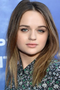 Joey King at the Los Angeles premiere of