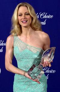 Teri Polo at the 27th Annual People's Choice Awards.