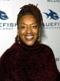 CCH Pounder at the 2005 Oscar gift lounge