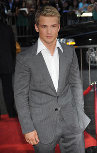 Freddie Stroma at the New York premiere of