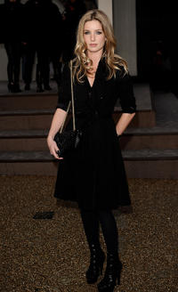 Annabelle Wallis at the Burberry Prorsum LFW Autumn/Winter 2010 in London.
