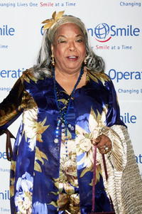 Della Reese at the Operation Smile's 4th Annual Los Angeles Gala.