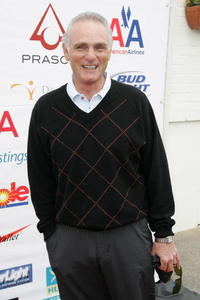 Joe Regalbuto at the 1st Annual National Kidney Foundation Celebrity Golf Classic.