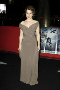 Paula Kalenberg at the Berlin premiere of