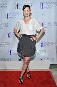 Jill Flint at the Endometriosis Foundation of America's 3rd Annual Blossom Ball.
