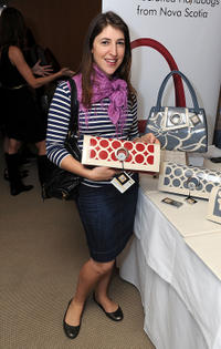 Mayim Bialik at the 2011 DPA Golden Globes Gift Suite in California.