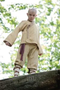 Noah Ringer as Aang in