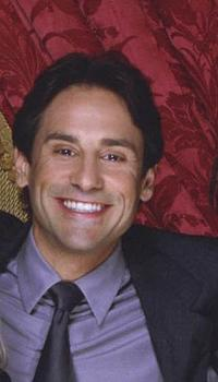 Larry Romano at the portrait for television series