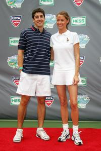 Jason Biggs and Shannon Elizabeth at the Arthur Ashe Kid's Day.