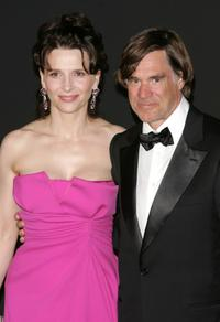 Juliette Binoche and Gus Van Sant at the 60th International Cannes Film Festival, attend the 60th Anniversary Dinner.