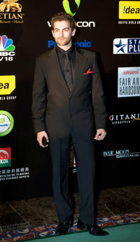 Neil Nitin Mukesh at the 2009 International Indian Film Academy Awards.