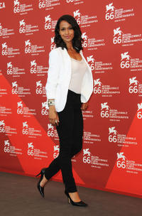 Shannon Kane at the photocall of