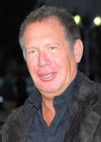 Garry Shandling at the premiere of