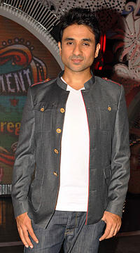 Vir Das at the promotional event of