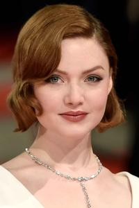 Holliday Grainger at EE British Academy Film Awards 2015.