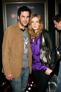 Jonathan Silverman and Jennifer Finnigan at the Justin Timberlake performance celebrating JT-TV presented by Verizon Wireless & Rolling Stone magazine.