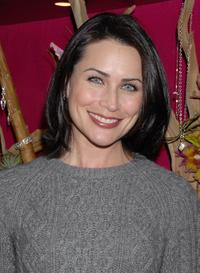Rena Sofer at the Sixth Annual Awards Season Diamond fashion show.
