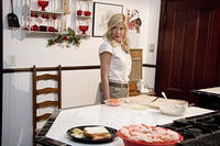 Tori Spelling as Susan in