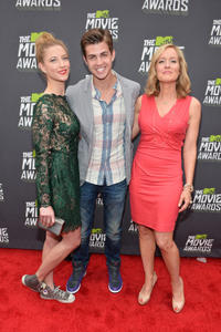 Caitlin Gerard, Cameron Palatas and Kari Coleman at the 2013 MTV Movie Awards.