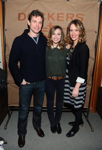 Hugh Dancy, Elizabeth Olsen and Sarah Paulson at the cocktails of