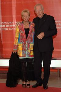 Max von Sydow and Catherine at the 54th San Sebastian Film Festival.
