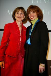 Leigh Taylor-Young and Gillian Sorensen at the Global Vision for Peace launch of Artists for the United Nations.